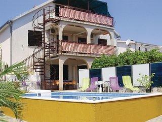 Beautiful home in Okrug Gornji w/ WiFi, 2 Bedrooms and Outdoor swimming pool