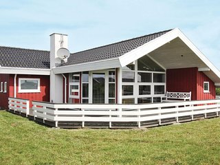 Beautiful home in Løkken w/ Sauna, WiFi and 3 Bedrooms (D7501)