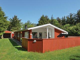 Nice home in Løkken w/ Sauna, WiFi and 3 Bedrooms (D7600)