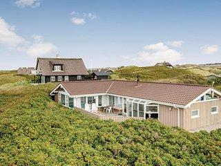 Stunning home in Saltum w/ WiFi, 4 Bedrooms and Sauna