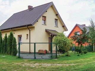 Stunning home in Nowecin w/ 2 Bedrooms