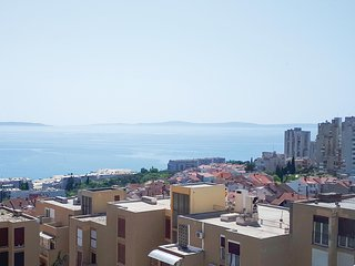 Awesome home in Split w/ WiFi and 2 Bedrooms (CDC169)