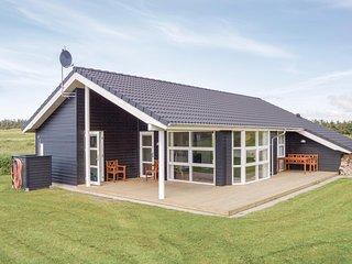 Stunning home in Løkken w/ Sauna, WiFi and 3 Bedrooms (D7777)