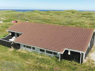 Awesome home in Løkken w/ Sauna and 4 Bedrooms (D7705)