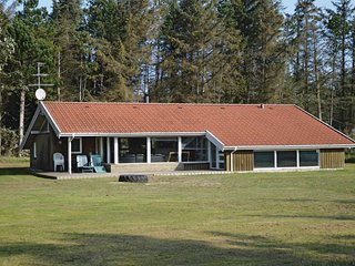 Stunning home in Lokken w/ Sauna, WiFi and 5 Bedrooms
