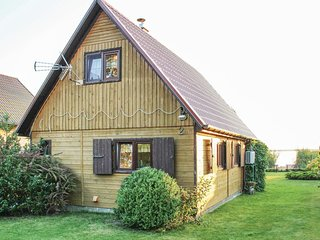 Awesome home in Nowe Warpno w/ 2 Bedrooms and WiFi