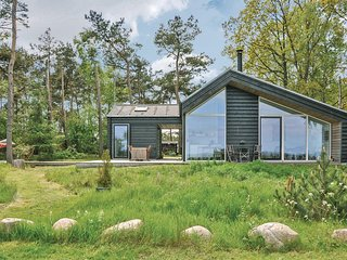 Amazing home in Ørsted w/ Sauna, WiFi and 3 Bedrooms