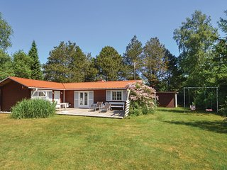 Beautiful home in Orsted w/ Sauna, 3 Bedrooms and WiFi