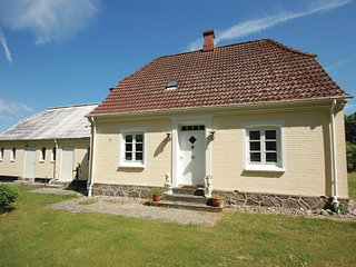 Beautiful home in Tranekær w/ WiFi and 3 Bedrooms (G10758)