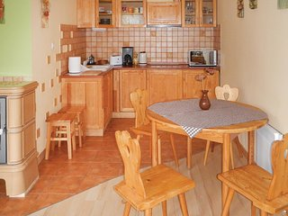 Awesome home in Miedzyzdroje w/ 2 Bedrooms (PPO448)
