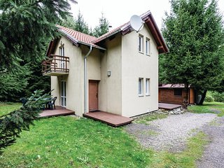 Beautiful home in Pl-78-111 Ustronie Morskie w/ WiFi and 3 Bedrooms