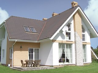Amazing home in Postomino w/ 3 Bedrooms