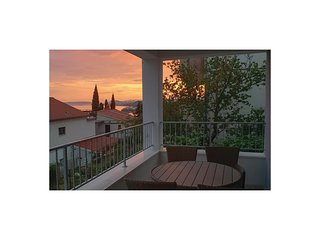 Beautiful home in Podstrana w/ WiFi and 2 Bedrooms