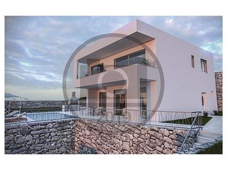 Nice home in Trogir w/ Sauna, 4 Bedrooms and Outdoor swimming pool