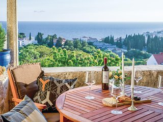 Stunning home in Dubrovnik w/ WiFi and 2 Bedrooms