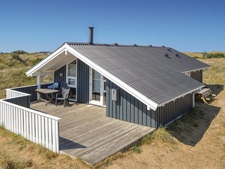 Awesome home in Hirtshals w/ Sauna, WiFi and 2 Bedrooms (D8328)