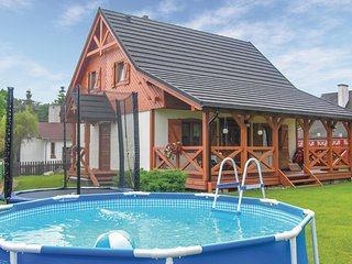 Awesome home in Santoczno w/ WiFi and 3 Bedrooms
