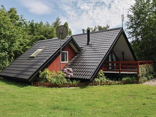 Awesome home in Tranekær w/ 3 Bedrooms (G10918)