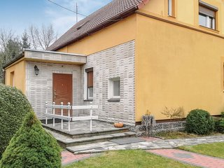 Beautiful home in Strzelce Krajenskie w/ WiFi and 2 Bedrooms
