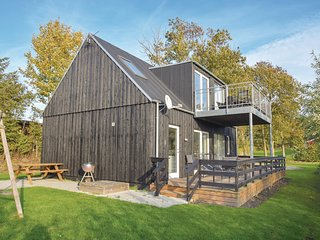 Stunning home in Humble w/ Sauna, WiFi and 3 Bedrooms (G10945)