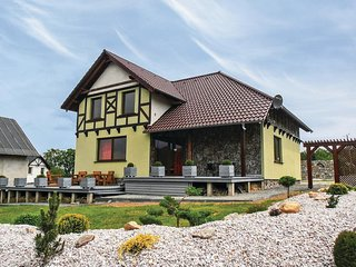 Amazing home in Karpacz w/ 5 Bedrooms