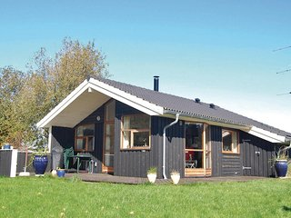 Stunning home in Askeby w/ Sauna and 3 Bedrooms (G1170)