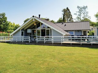 Nice home in Skibby w/ Sauna, WiFi and 3 Bedrooms