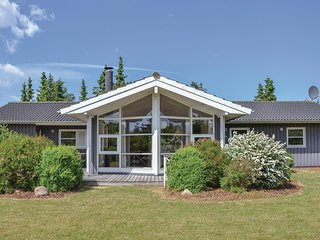 Amazing home in Skibby w/ Sauna, WiFi and 4 Bedrooms
