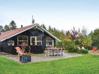 Amazing home in Skibby w/ Sauna, WiFi and 3 Bedrooms