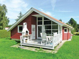 Beautiful home in Præstø w/ WiFi and 3 Bedrooms (G1121)