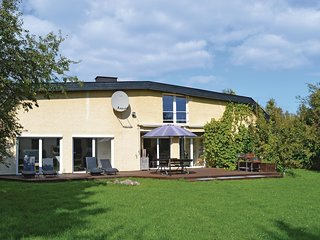 Awesome home in Gilleleje w/ Sauna, WiFi and 3 Bedrooms (G4126)