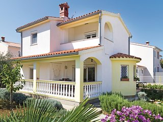 Stunning home in Betiga w/ WiFi and 2 Bedrooms