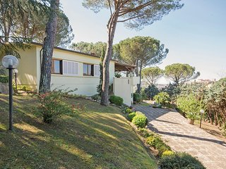 Nice home in Lari (PI) w/ 3 Bedrooms and WiFi (ITP543)