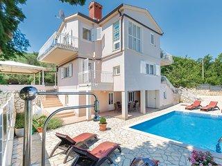 Amazing home in Drenje w/ WiFi and 4 Bedrooms (CIK079)