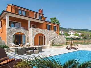 Awesome home in Labin w/ WiFi and 5 Bedrooms (CIK096)