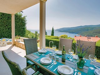 Stunning home in Rabac w/ WiFi and 3 Bedrooms (CIK387)