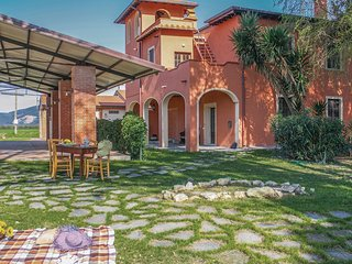 Nice home in Nodica -PI- w/ WiFi and 3 Bedrooms