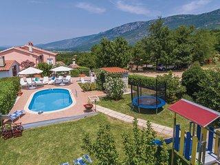 Vakantie vieren in het oosten van Istrie. (CIK397)