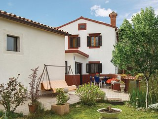 Nice home in Plomin w/ WiFi and 2 Bedrooms