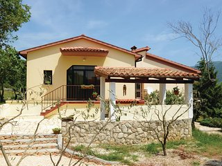 Beautiful home in Plomin w/ WiFi and 2 Bedrooms