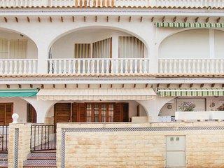 Nice home in Santa Pola w/ 4 Bedrooms