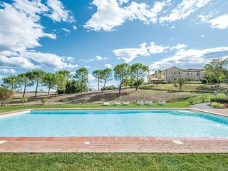 Nice home in Asciano SI w/ 2 Bedrooms