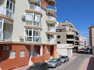 Awesome home in Torrevieja w/ 1 Bedrooms (EBL430)