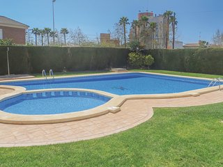 Awesome home in Torrevieja w/ WiFi and 2 Bedrooms (EBL495)