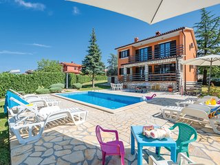 Stunning home in Labin w/ WiFi and 4 Bedrooms (CIK790)