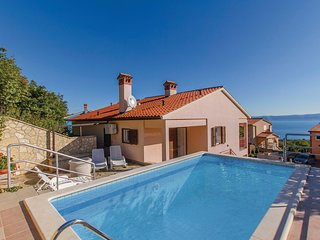 Awesome home in Labin w/ WiFi and 5 Bedrooms (CIK869)