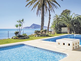 Awesome home in Altea w/ WiFi and 2 Bedrooms