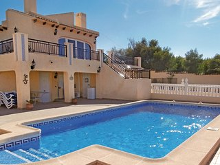 Nice home in Orihuela Costa w/ WiFi and 4 Bedrooms
