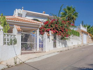 Nice home in Rojales w/ 2 Bedrooms