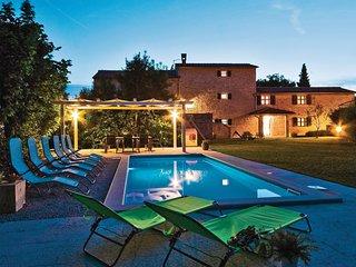 Wiejska willa z basenem na maksymalny komfort podczas urlopu